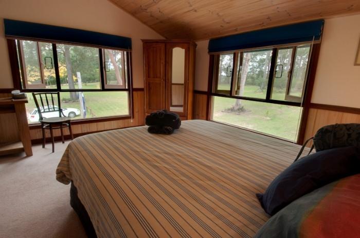 Garden view queen room with ensuite