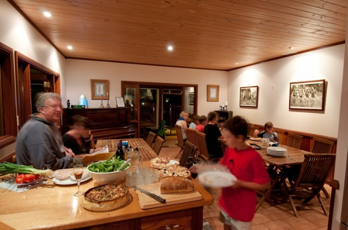 Snacktime in dining room